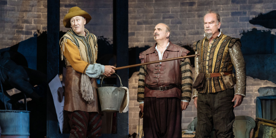 Kelsey Grammer, Nicholas Lindhurst and Peter Polycarpou in Man Of La Mancha by Manuel Harlan