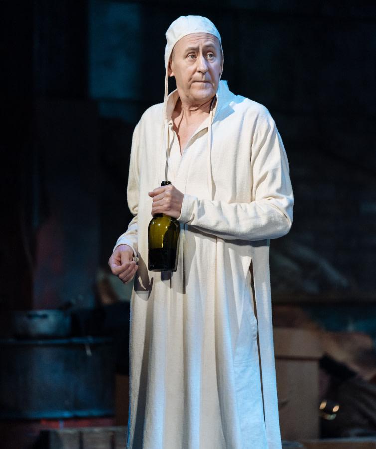 Nicholas Lyndhurst in Man Of La Mancha by Manuel Harlan