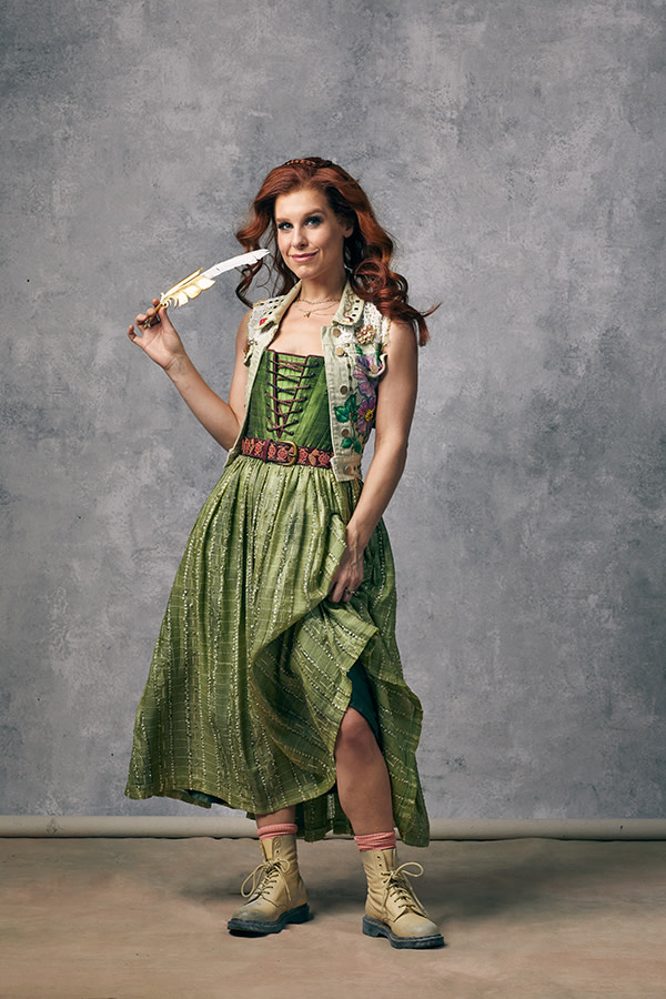 & Juliet, Cassidy Janson as Anne Hathaway
