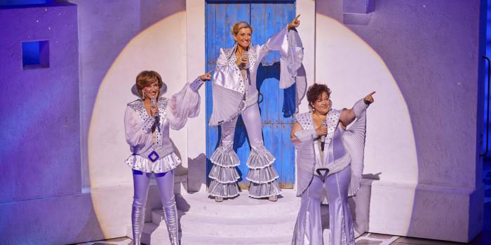 Mamma Mia! London at the Novello Theatre (Photo: Brinkhoff & Mögenburg)