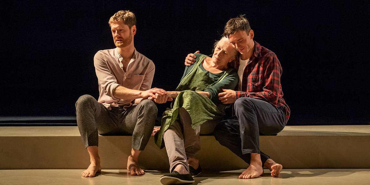 26-Kyle-Soller-Vanessa-Redgrave-and-Samu