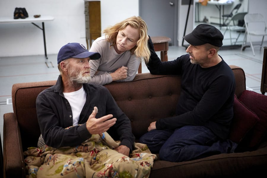 Ed Harris (Dodge) Amy Madigan (Hallie) & Scott Elliott (Director) in Buried Child rehearsals (Photo: Serge Nivelle)