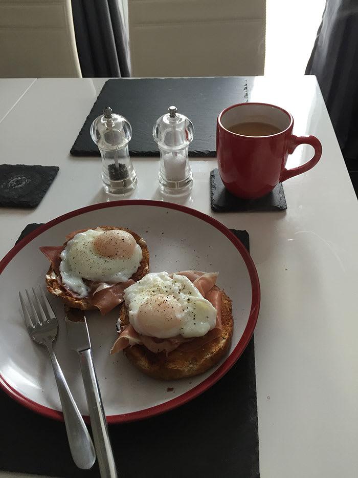 Dayle Hodge - breakfast