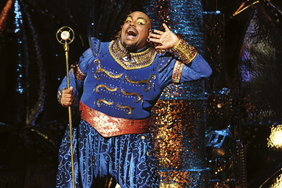 The Genie from Disney's Aladdin (Photo: Deen van Meer)