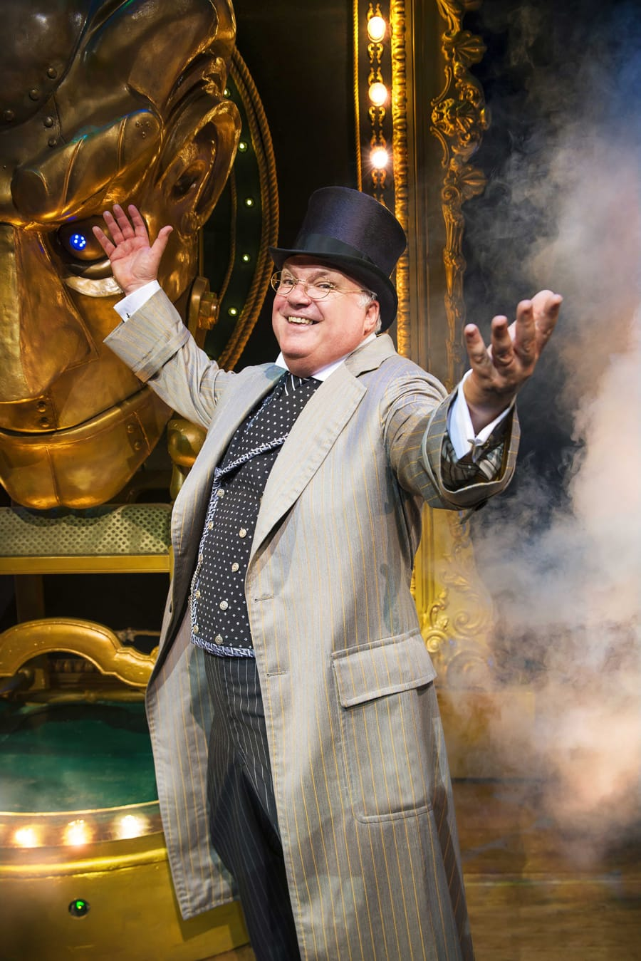 Andy Hockley (The Wizard) in Wicked at The Apollo Victoria Theatre (Photo: Matt Crockett)