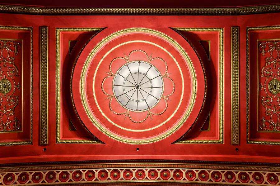 The Dominion Theatre (Photo: Mark Sykes)