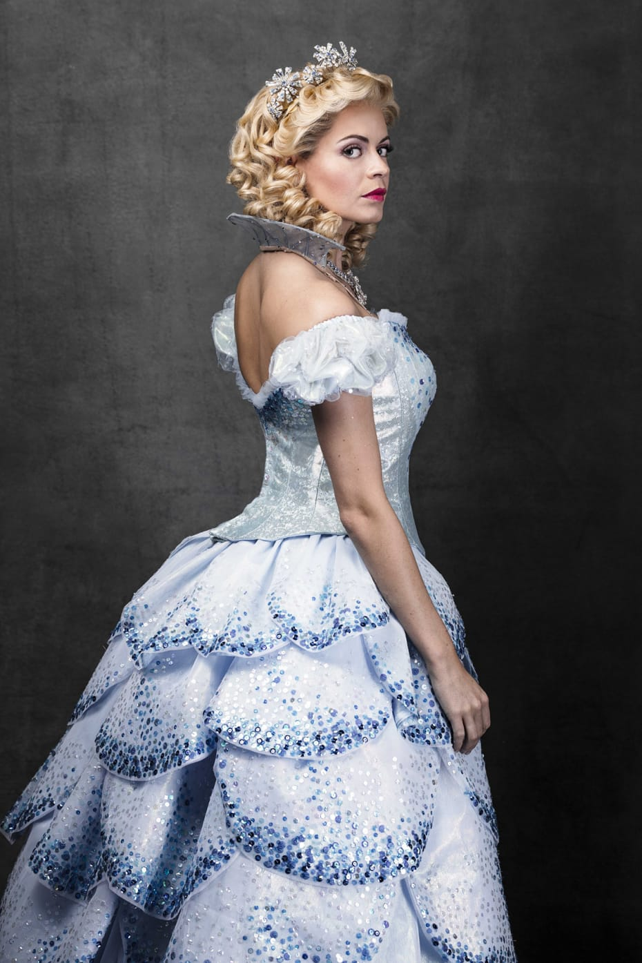 Sophie Evans (Glinda) in Wicked (Photo: Darren Bell)