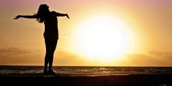 Zonnig juli zorgt voor hogere opbrengst voor zonnepaneleneigenaren