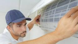 Airconditioning binnen geplaatst