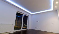 Led-verlichting op het plafond