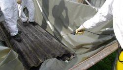 Asbest onderzoek in veilige kleding