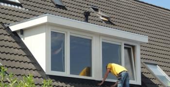 Kunststof dakkapel plaatsen of vervangen