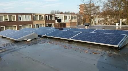 Plat dak met 320WP Polykristallijn