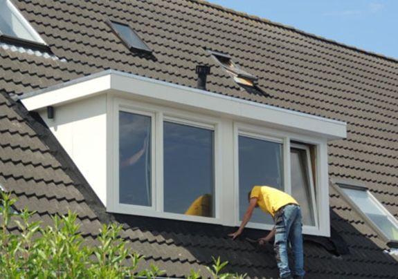 Kunststof dakkapel op schuin dak