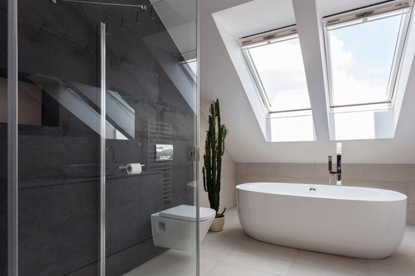 Badkamer Lichte Tegels : 6 tips om uw badkamer optisch te vergroten solvari