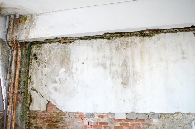 Vochtige muren in kelder