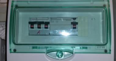 Installation électrique sur les divers chantiers