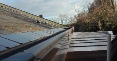 Herstellingen, plaatsing zonnepanelen, asbestverwijdering