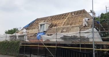Verwijdering asbesthoudend dakbeschot