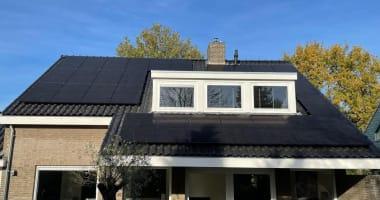 particuliere installaties op het schuine dak