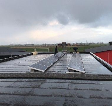 20 Talesun TP660P 270wp - Poly zonnepanelen en een Solar Edge SE5K omvormer