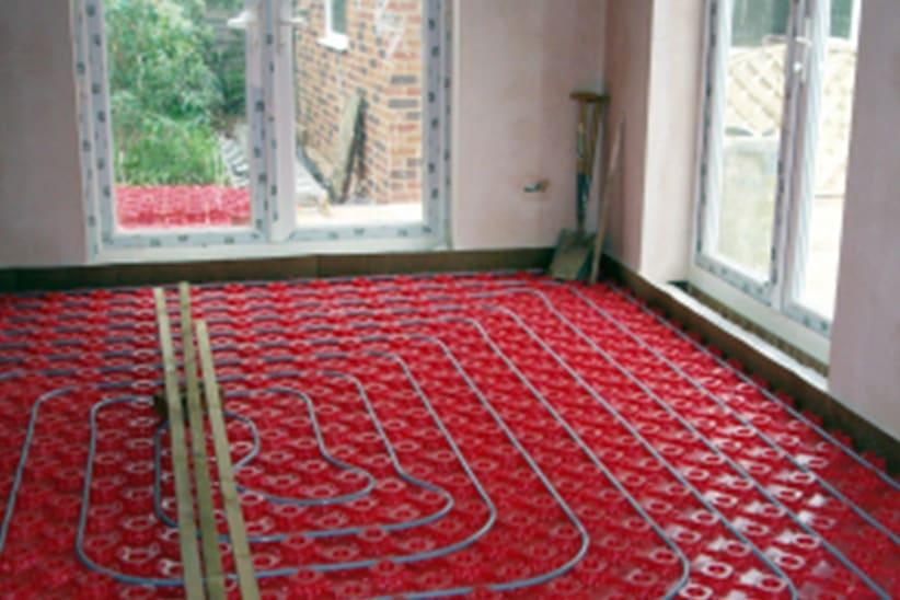 Voorbeeld soorten vloerverwarming: noppenplaten