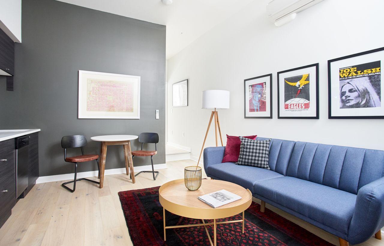 Amazing Old City Charming 1Br Sleeper Sofa Neighborhood Creativecarmelina Interior Chair Design Creativecarmelinacom