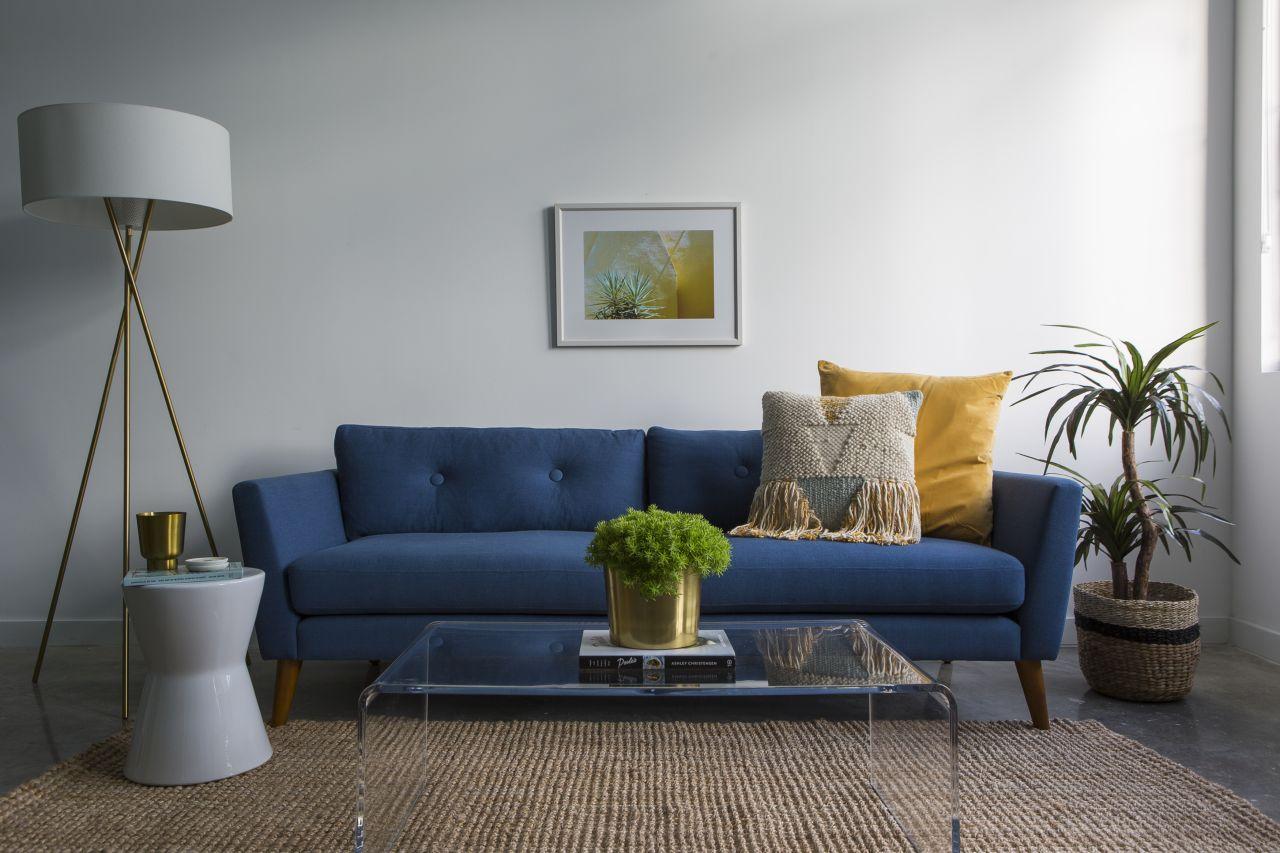 Biscayne | Modern 2BR + Backyard - Neighborhood Apartment ...