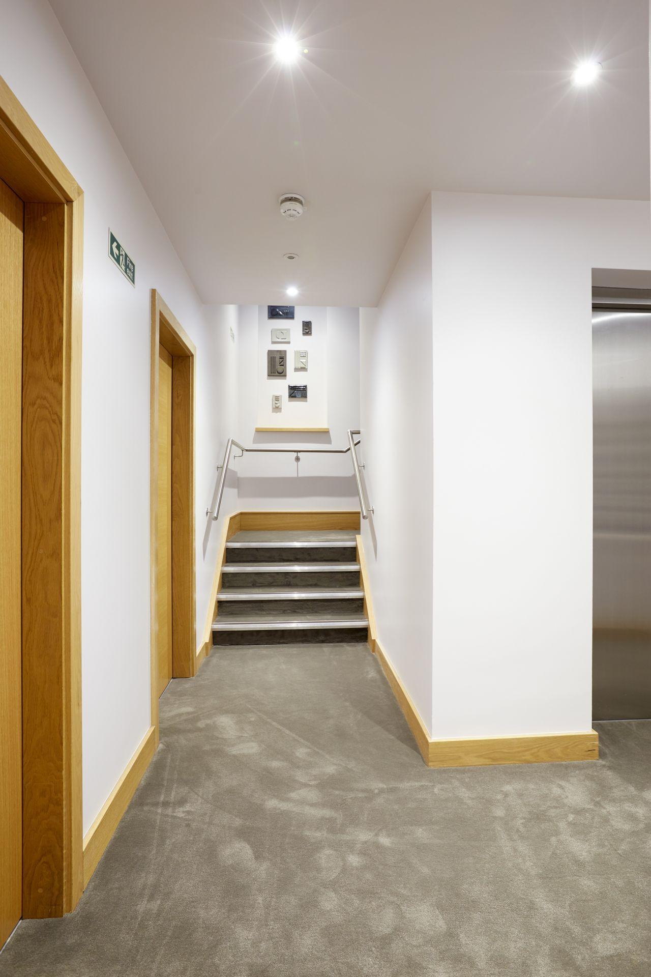 Sonder | Edgware Road Hotel | Pristine Room - Neighborhood