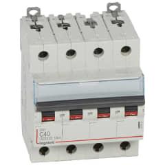 DX3 4P C40 6000A-10KA photo du produit