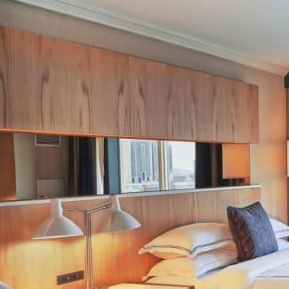 Yorkville Royal Sonesta Hotel Toronto guest room
