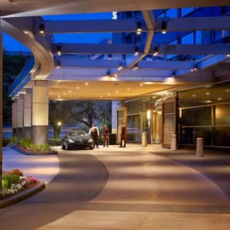 Royal Sonesta Houston exterior valet entrance