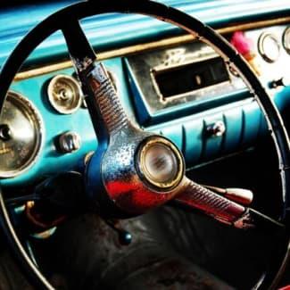 Steering wheel and car dashboard