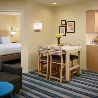 Sonesta ES Suites Schaumburg Chicago One-Bedroom Suite