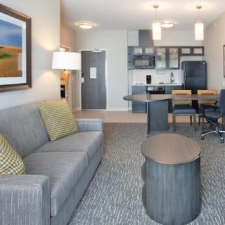 Sonesta Simply Suites Baltimore BWI