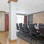 Smaller meeting room with sitting chairs