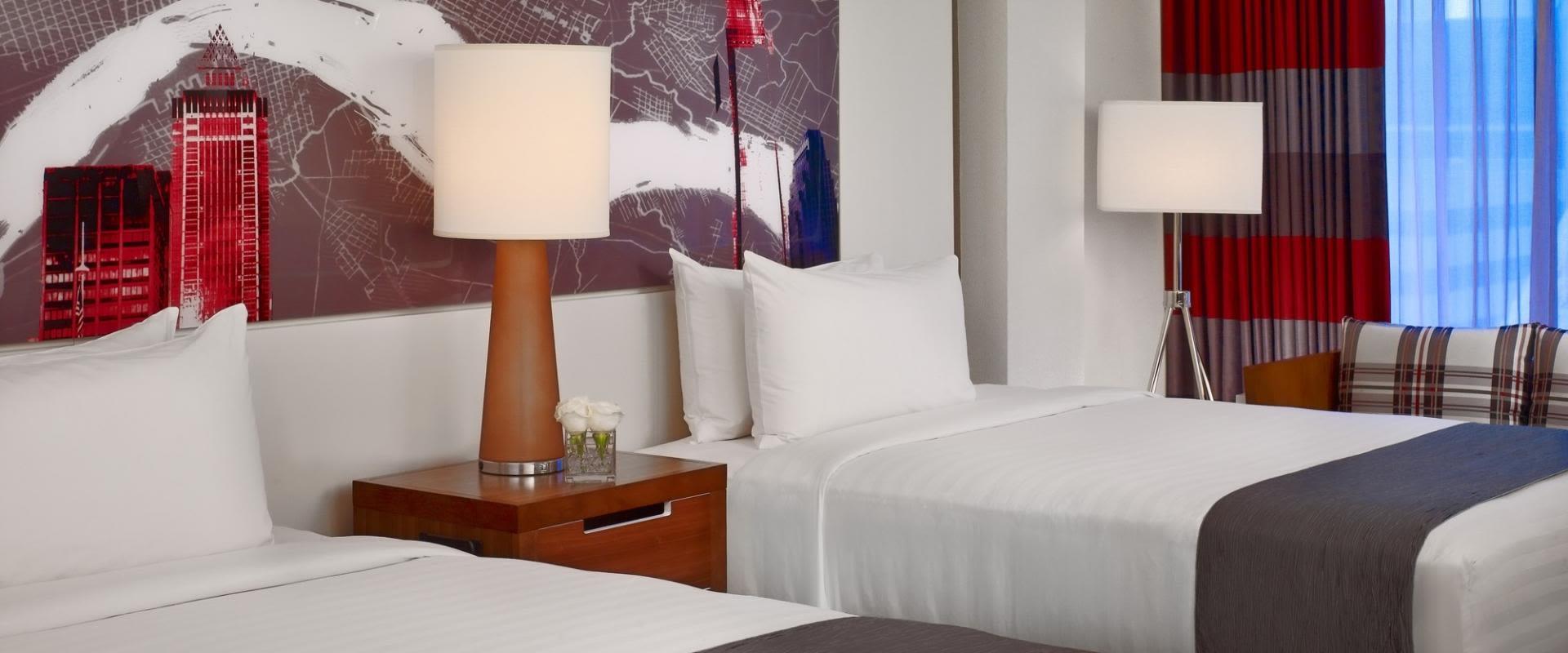 Sonesta Philadelphia Downtown Deluxe Guest Rooms