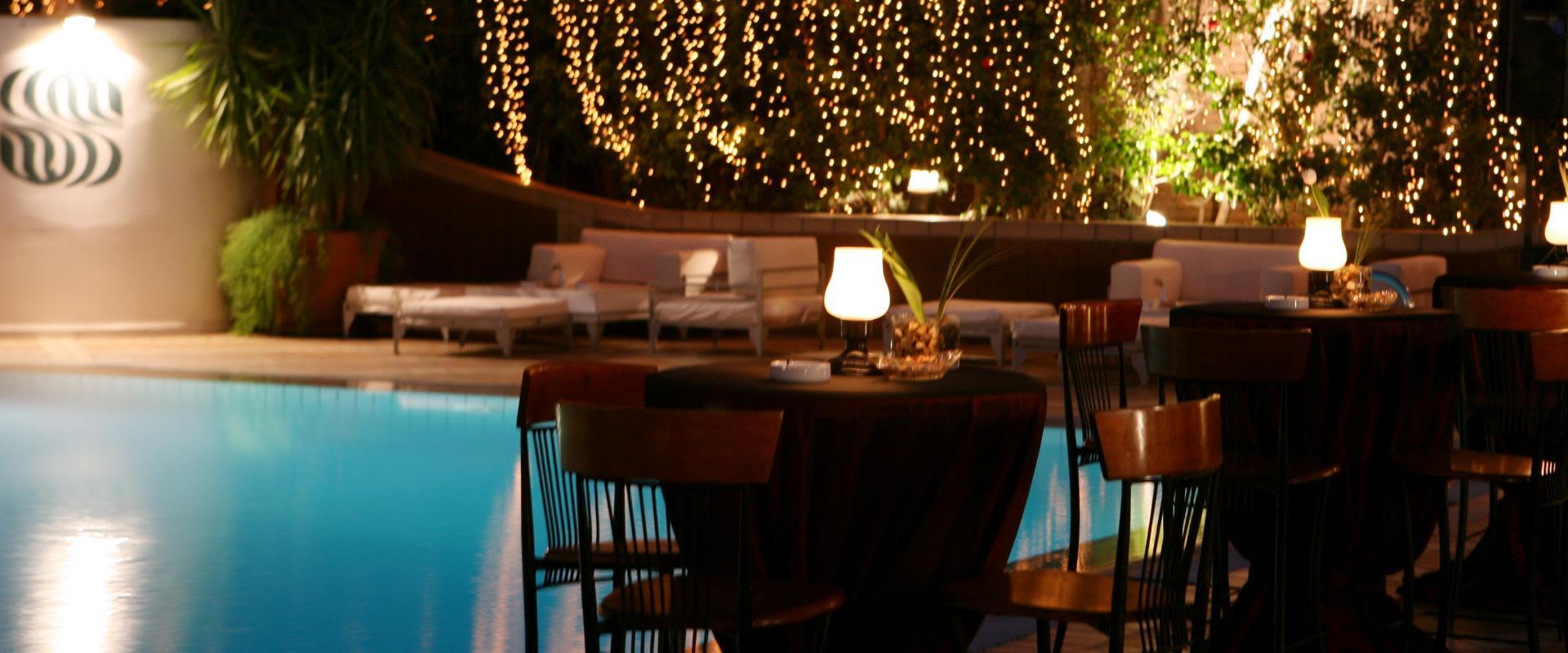 Pool and Bar Lounge