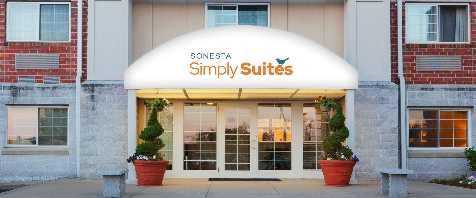 Sonesta Simply Suites Boston Burlington Hotel Exterior Entrance
