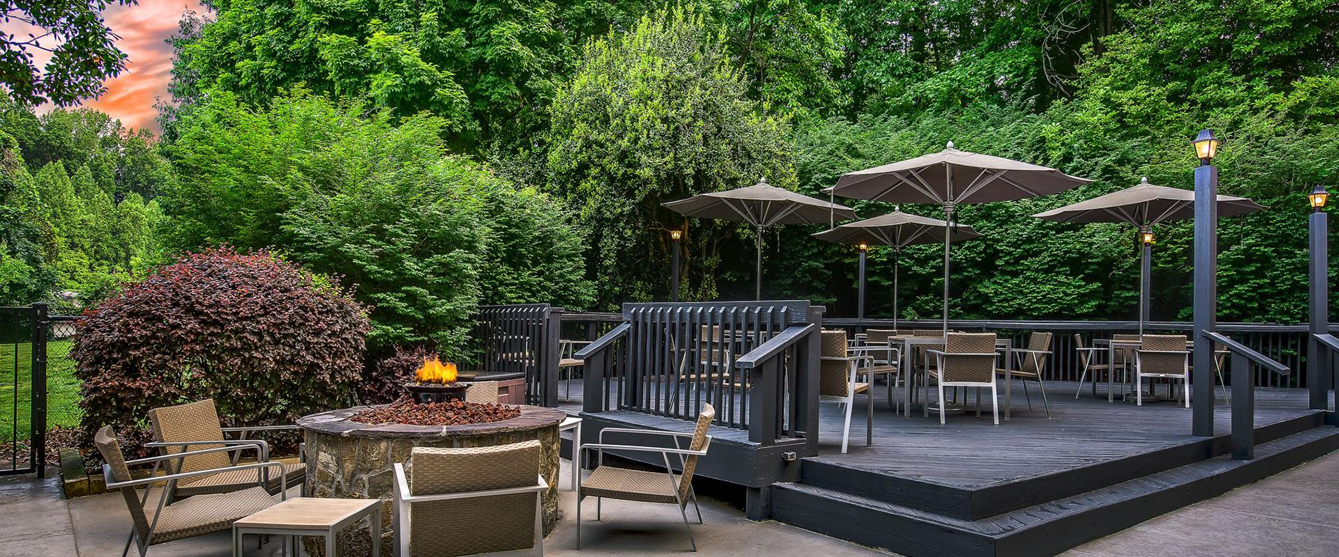 Charlotte Hotel Exterior Patio Seating & Firepit