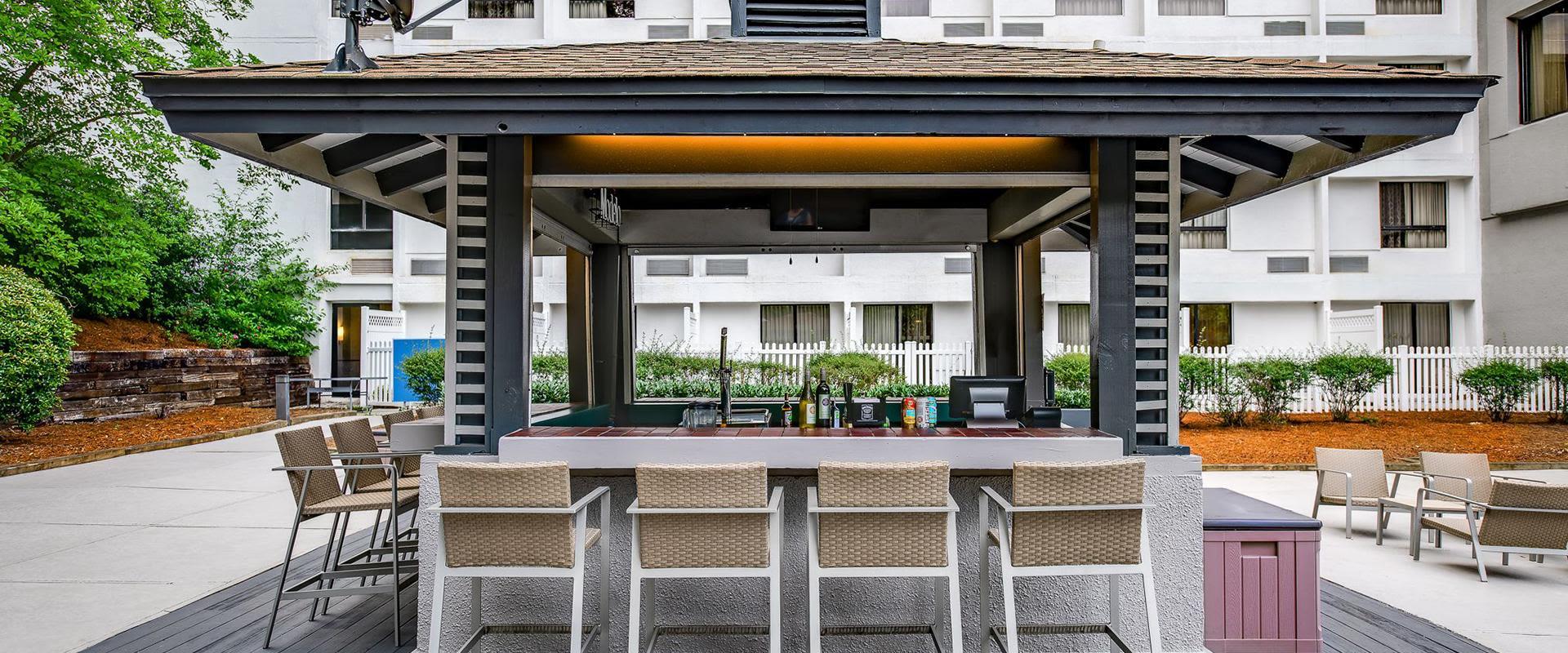 Charlotte NC Hotel Outdoor Pool Bar