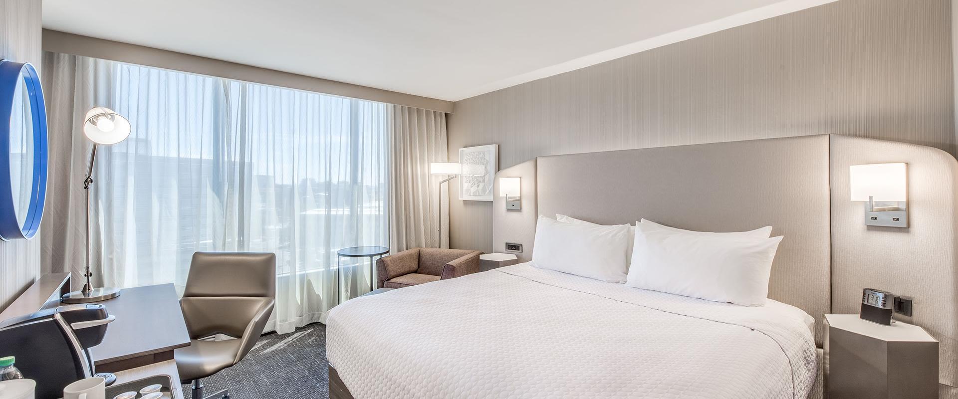 Denver Room With Queen Bed