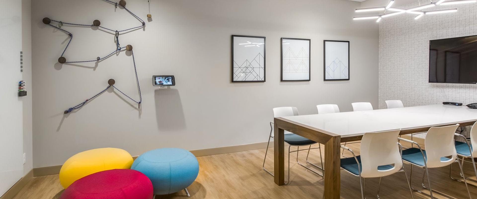 Denver Meeting Room Table And Seating