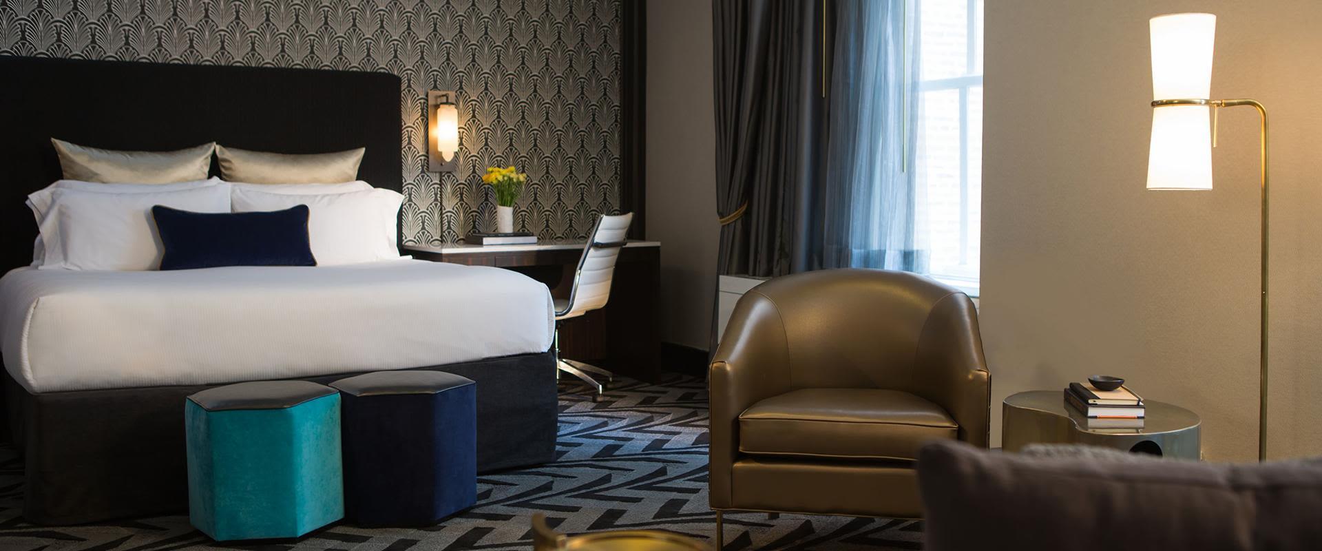 Chicago Loop King Hotel Room