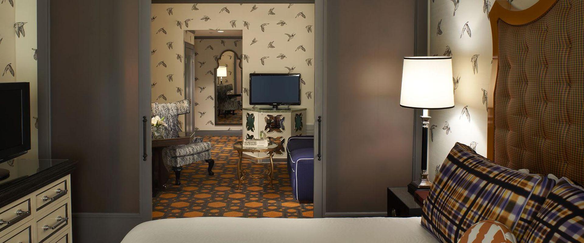 Portland Guest Room with Sliding Doors