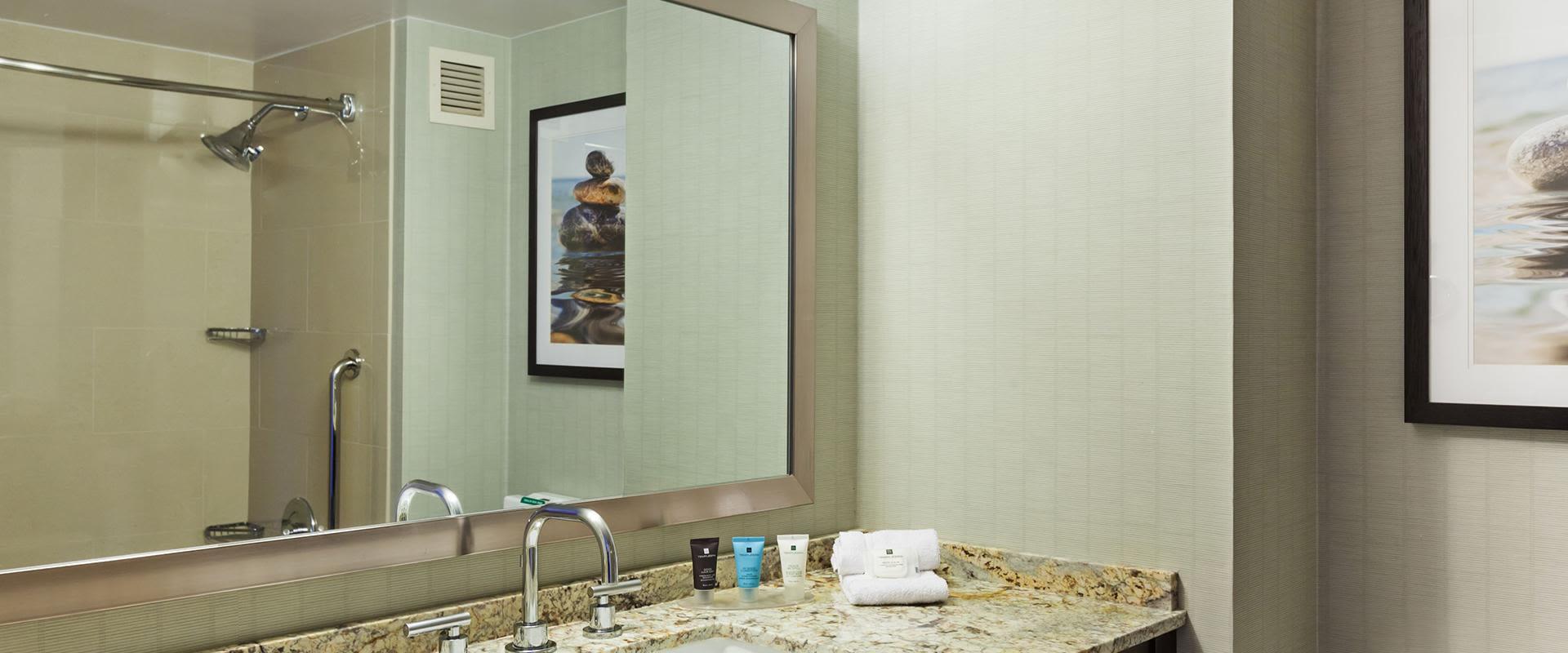 Redondo Beach Guest Room Bathroom