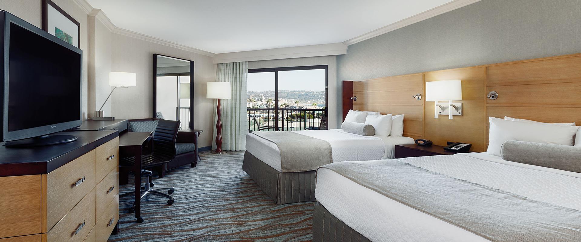 Redondo Beach Queen Beds With Ocean View