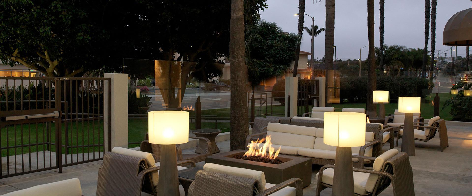 Redondo Beach SOl Restaurant Outdoor Patio