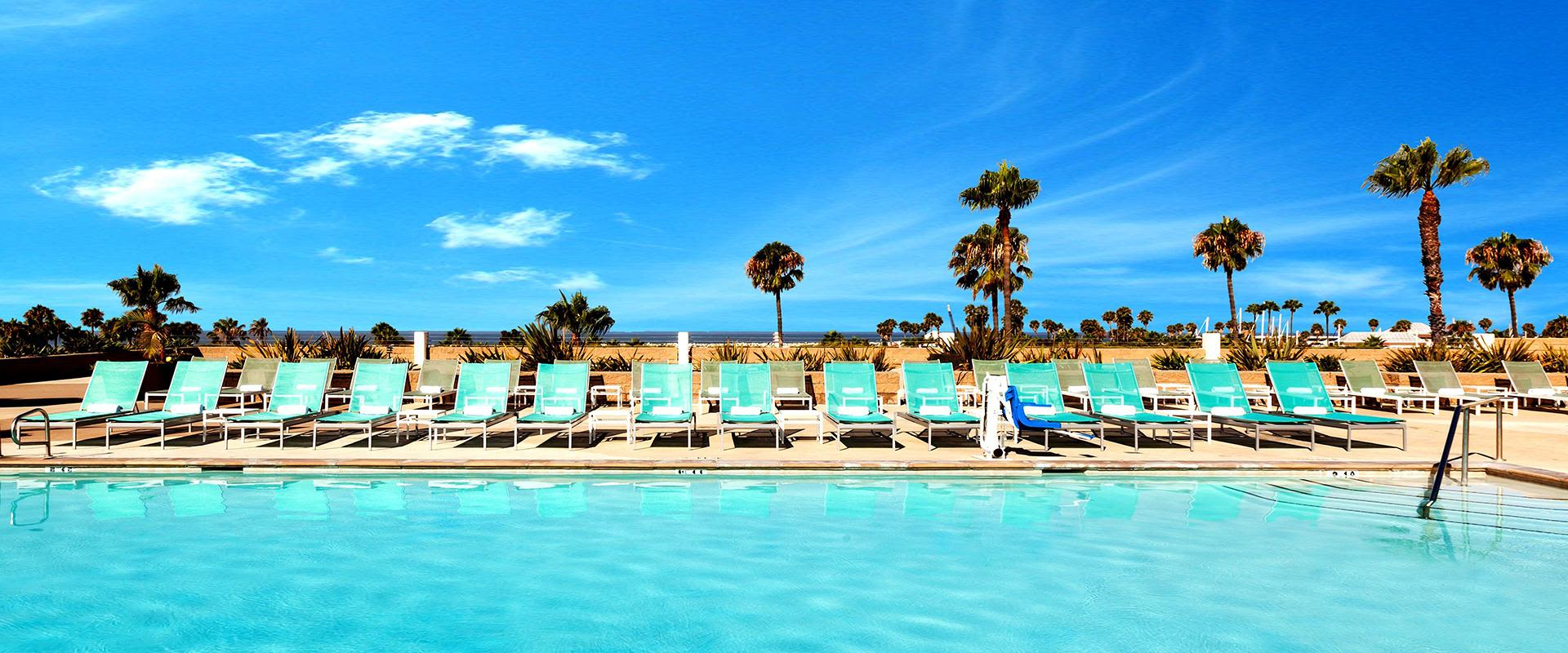 Redondo Beach Outdoor Terrace Pool