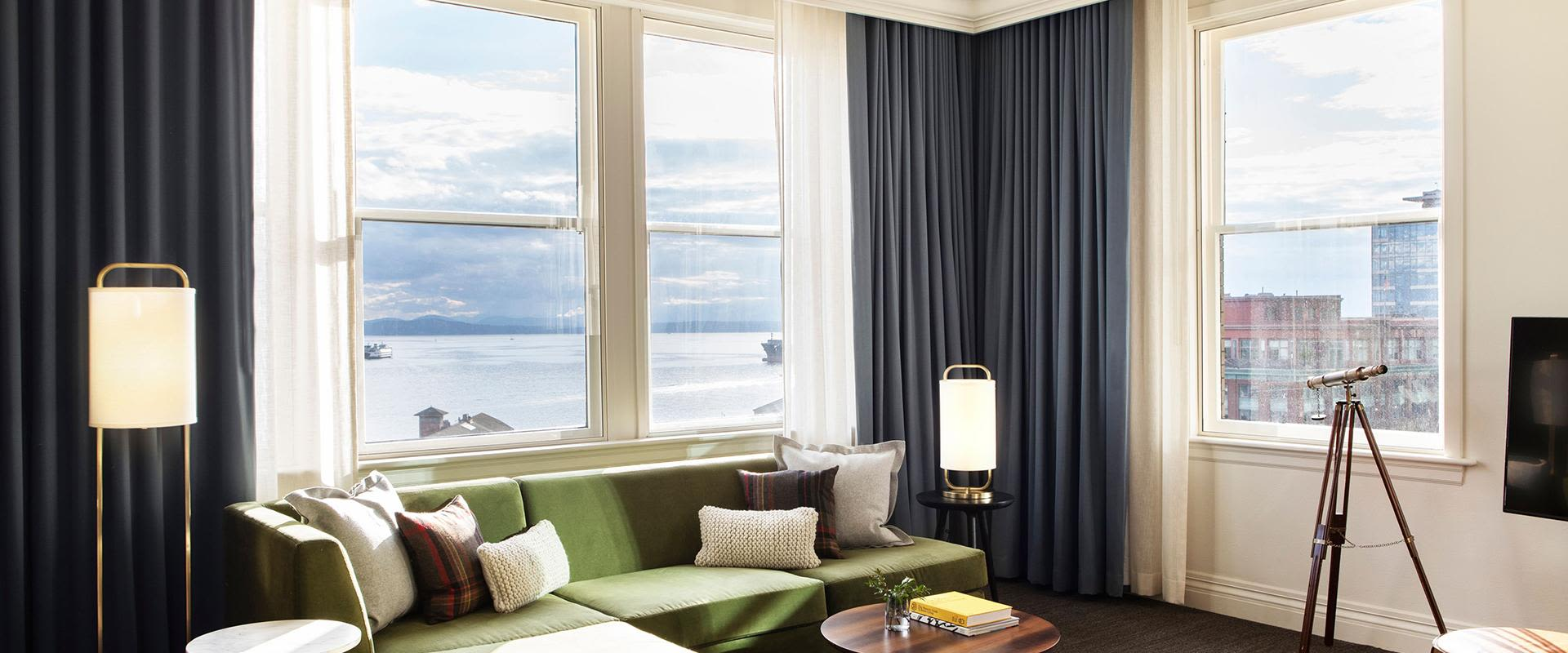 Downtown Seattle Water View Guest Room